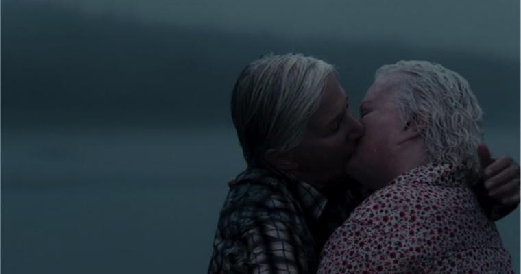Lesbian Netflix movies - Cloudburst