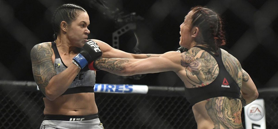 UFC fighter Amanda Nunes defeats Cris Cyborg