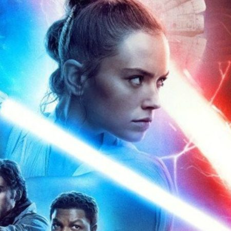 The 2-second lesbian kiss in Star Wars: The Rise of Skywalker