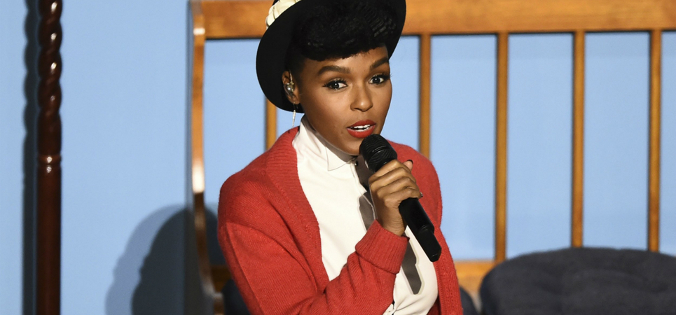 """Janelle Monae is proud to be a """"black queer artist"""" at Oscars night"""